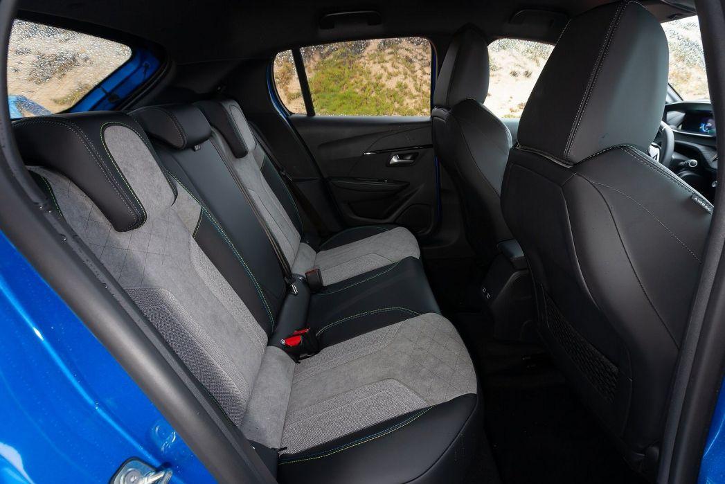 Image 3: Peugeot E-208 Electric Hatchback 100KW GT 50KWH 5dr Auto
