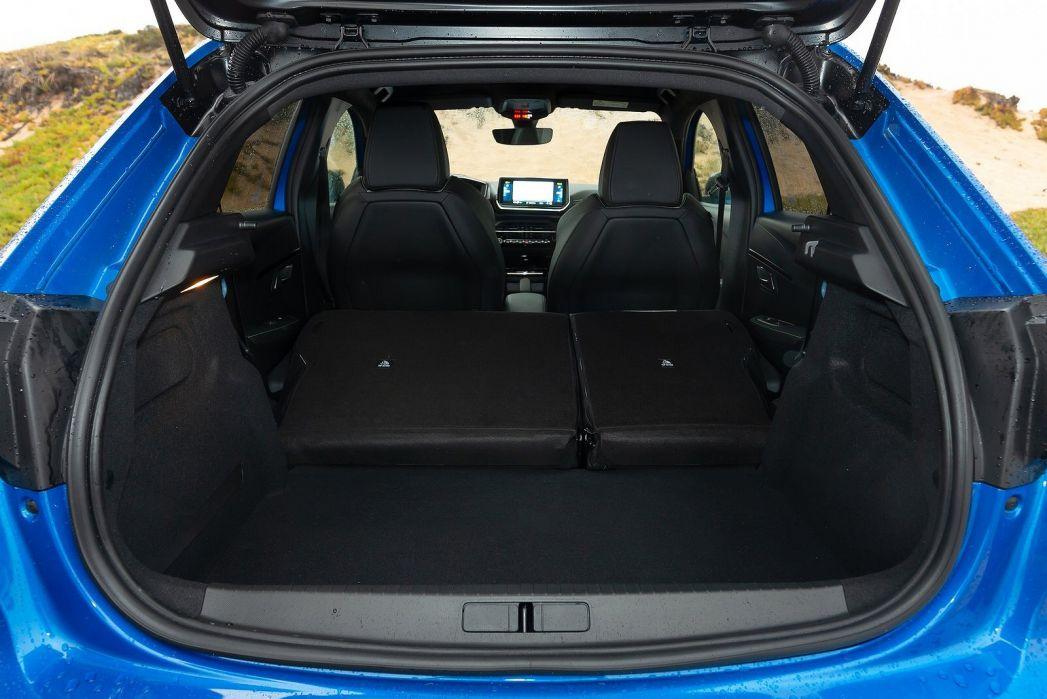 Image 2: Peugeot E-208 Electric Hatchback 100KW GT 50KWH 5dr Auto