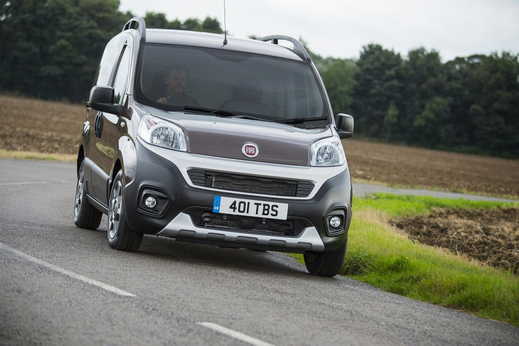 Image 3: Fiat Fiorino Cargo Diesel 1.3 16V Multijet 95 Adventure VAN Start Stop