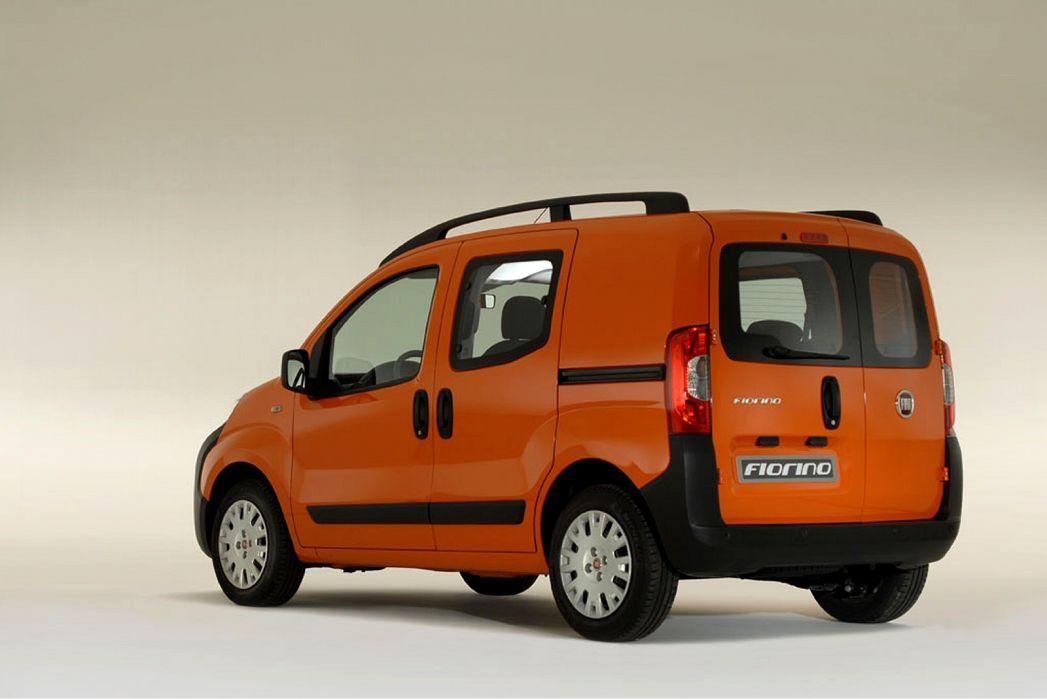 Image 2: Fiat Fiorino Combi Diesel 1.3 16V Multijet 95 Adventure VAN Start Stop