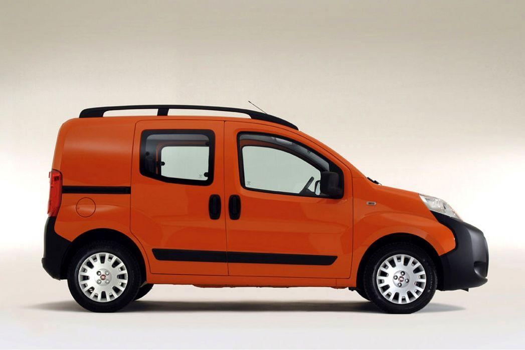 Image 3: Fiat Fiorino Combi Diesel 1.3 16V Multijet 95 Adventure VAN Start Stop