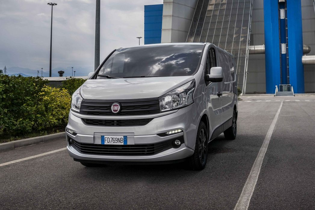 Image 6: Fiat Talento 12 LWB Special Editions 2.0 Ecojet 170 Onyx Edition Crew VAN