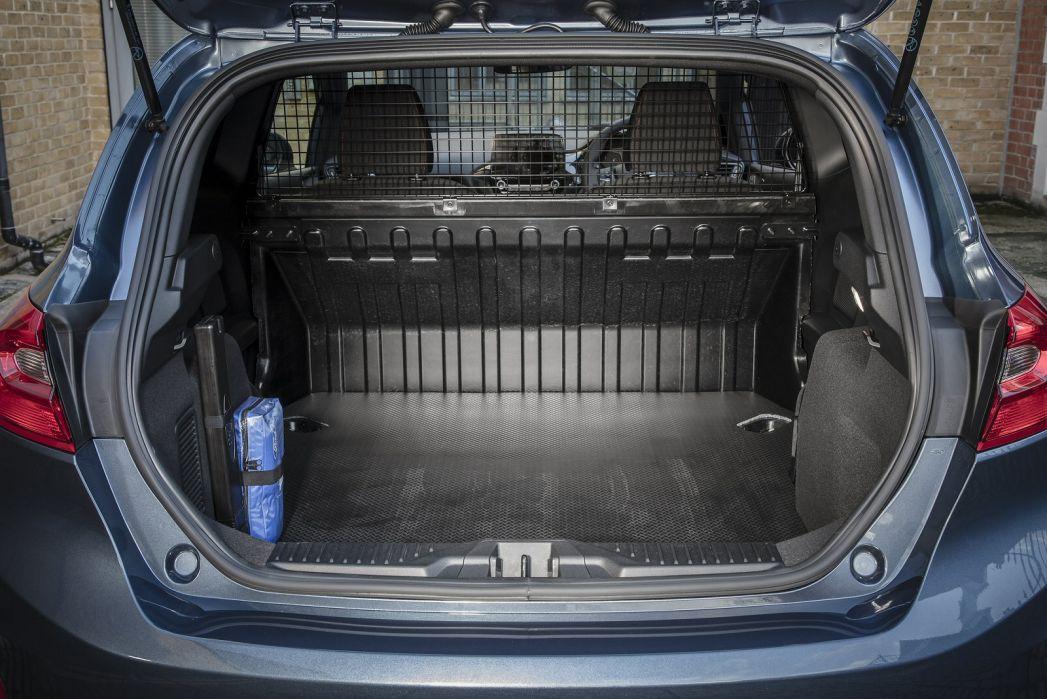Image 5: Ford Fiesta Diesel 1.5 TDCI 85 Sport VAN