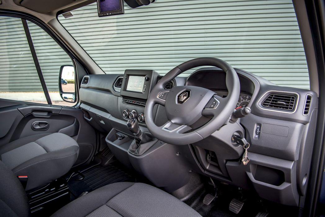 Image 3: Renault Master ZE MWB Electric MM31 57KW Business Medium Roof VAN Auto