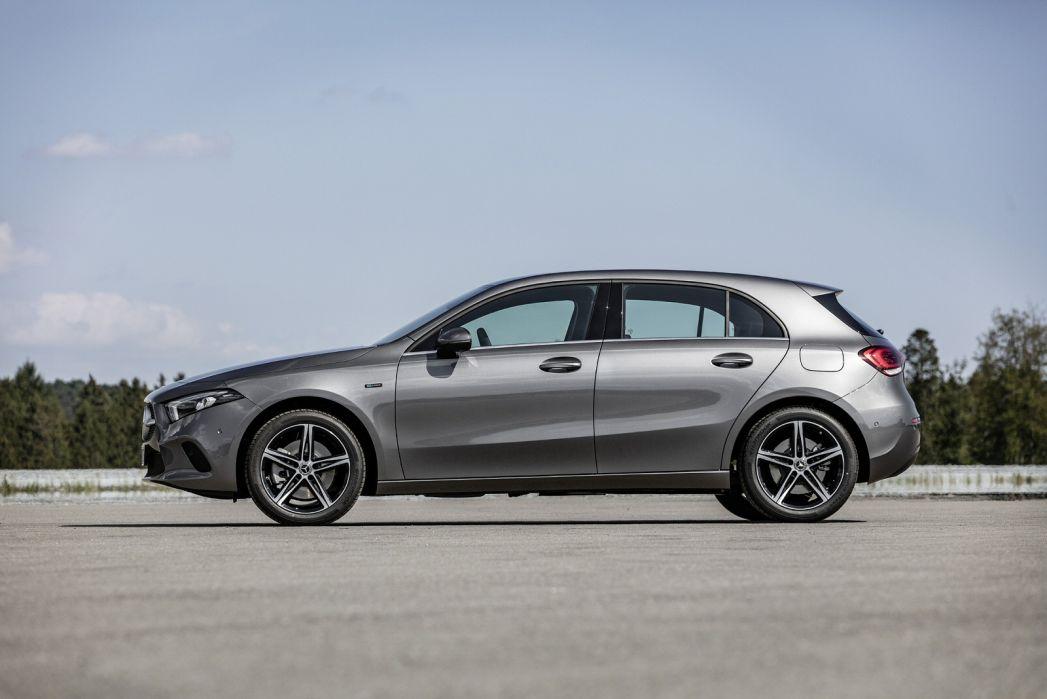 Image 6: Mercedes-Benz A Class Hatchback A250e AMG Line Premium 5dr Auto