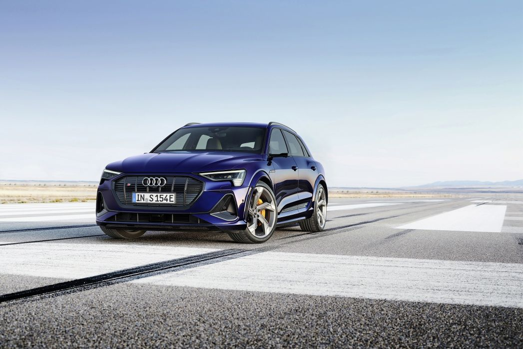Video Review: Audi E-Tron Estate 300KW 55 Quattro 95KWH Technik 5dr Auto [C+S]
