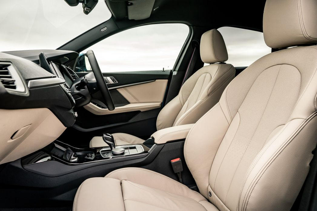 Image 3: BMW 2 Series Gran Coupe 218I [136] Sport 4dr DCT