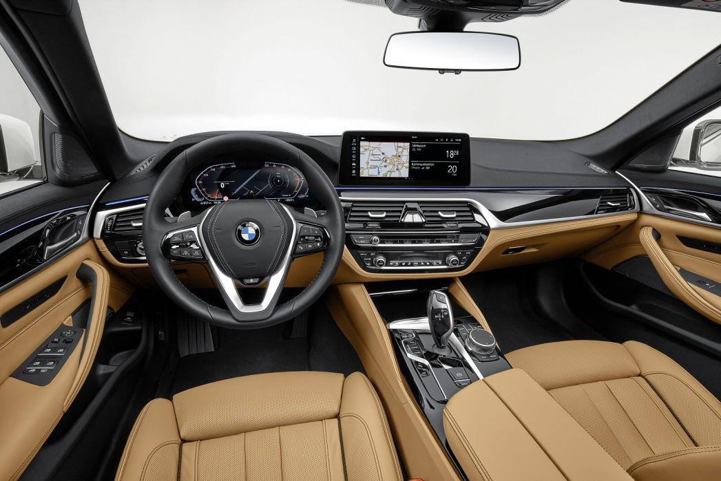 Image 4: BMW 5 Series Diesel Saloon 520D MHT M Sport 4dr Step Auto [PRO Pack]
