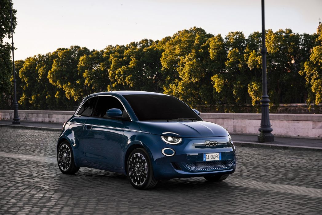 Image 1: Fiat 500 Hatchback Special Editions 1.0 Mild Hybrid Dolcevita 3dr