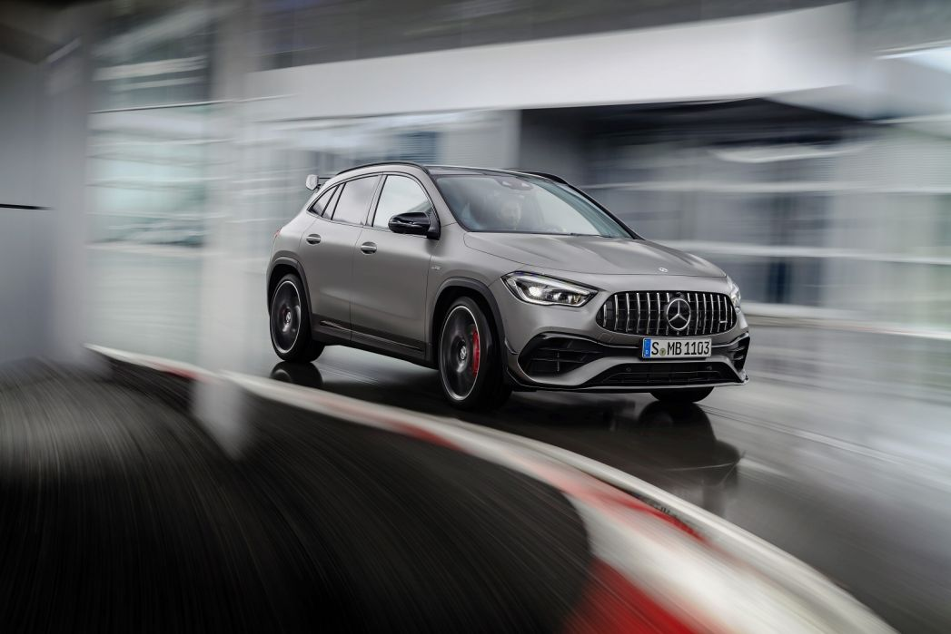 Image 4: Mercedes-Benz GLA AMG Hatchback GLA 45 S 4matic+ Plus 5dr Auto