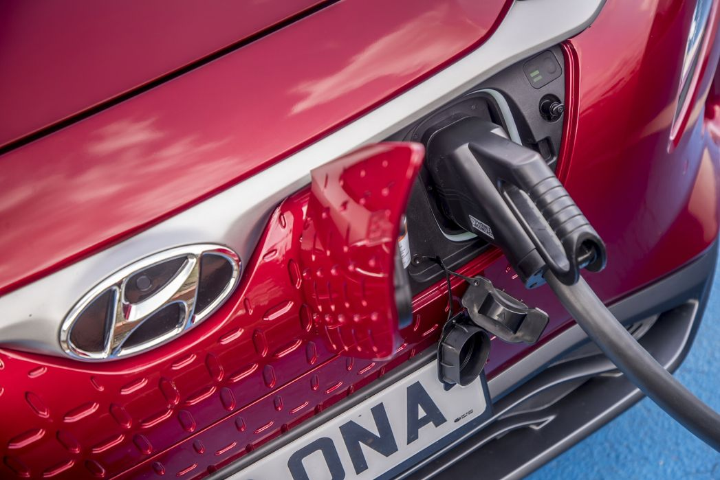 Image 6: Hyundai Kona Electric Hatchback 150KW Premium 64KWH 5dr Auto [10.5KW Charger]