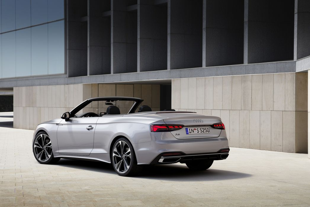 Image 3: Audi A5 Diesel Cabriolet 40 TDI 204 Quattro S Line 2dr S Tronic [C+S]