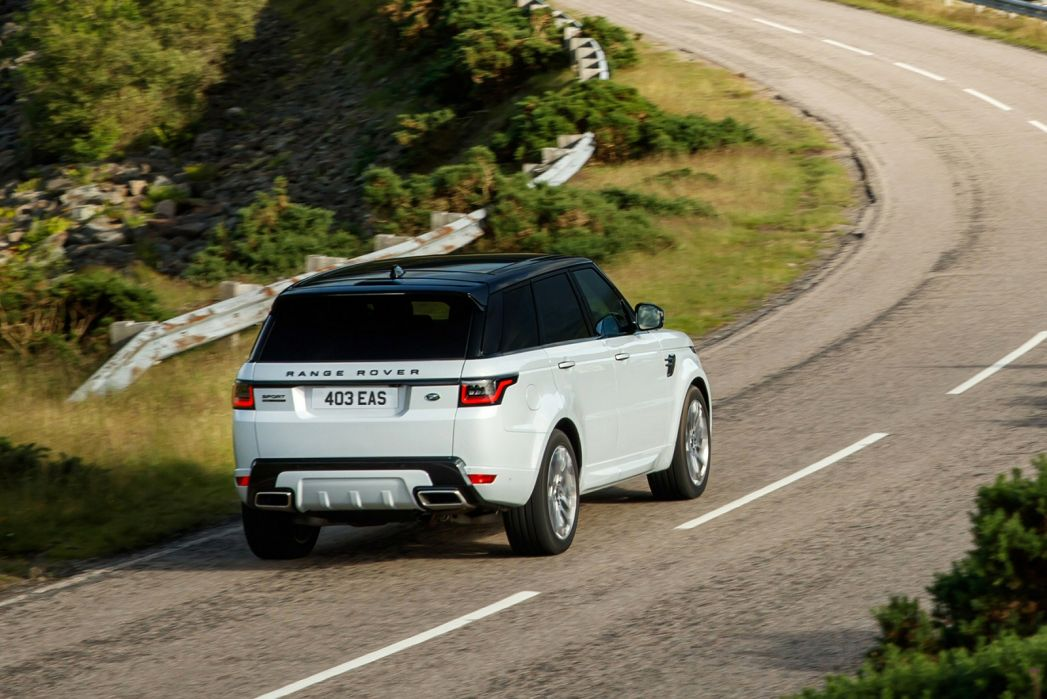 Image 3: Land Rover Range Rover Estate Special Edition 2.0 P400e Range Rover Fifty LWB 4dr Auto