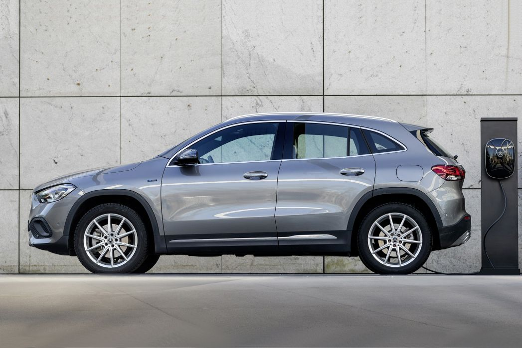 Image 2: Mercedes-Benz GLA Hatchback Special Editions GLA 250E Exclusive Edition 5dr Auto