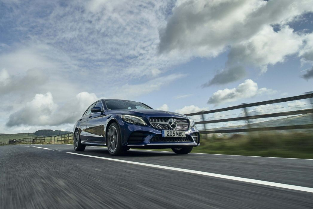 Image 4: Mercedes-Benz C Class Saloon Special Editions C300e AMG Line Night Edition Premium 4dr 9G-Tronic