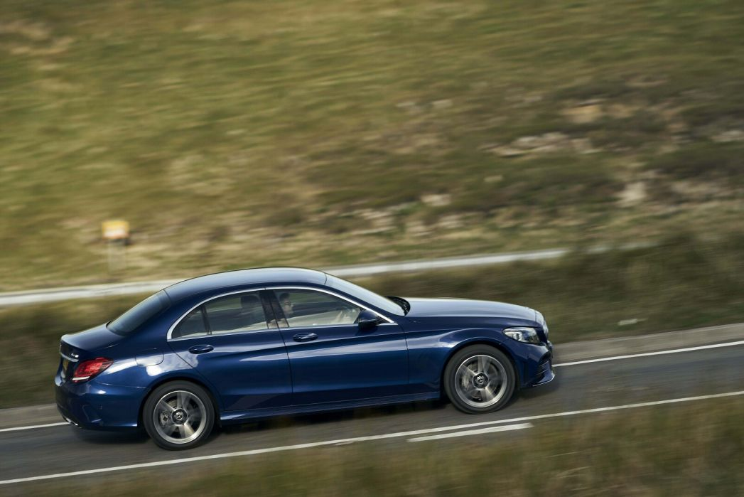 Image 5: Mercedes-Benz C Class Saloon Special Editions C300e AMG Line Night Edition Premium 4dr 9G-Tronic