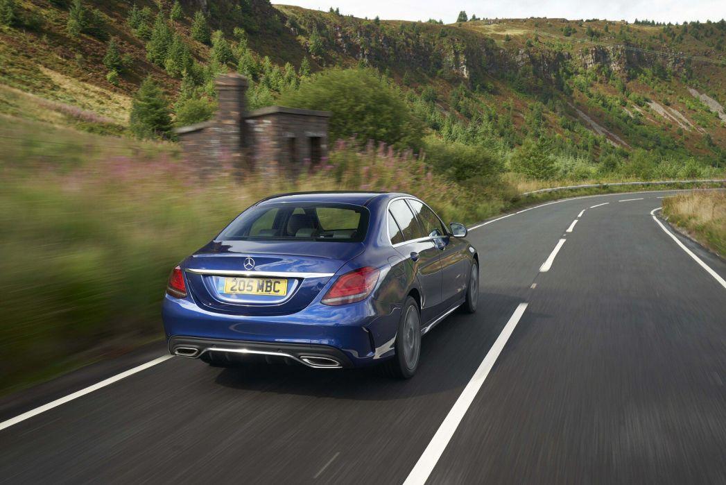 Image 5: Mercedes-Benz C Class Estate C300e AMG Line Edition 5dr 9G-Tronic