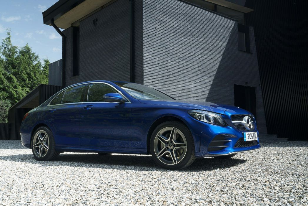 Image 6: Mercedes-Benz C Class Estate Special Editions C300e AMG Line Night Edition Premium 5dr 9G-Tronic