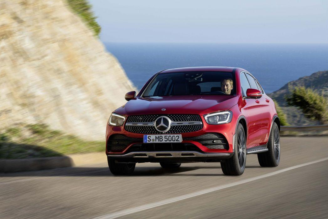Image 2: Mercedes-Benz GLC Diesel Coupe GLC 220D 4matic AMG Line Prem Plus 5dr 9G-Tronic