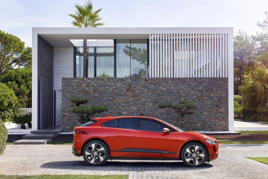 Video Review: Jaguar I-Pace Estate 294KW EV400 S 90KWH 5dr Auto [11KW Charger]