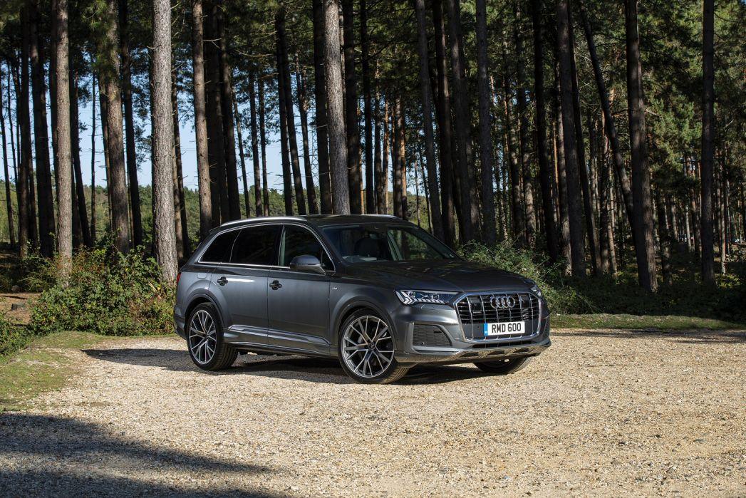 Image 1: Audi Q7 Estate 60 Tfsi E Quattro Competition 5dr Tiptronic
