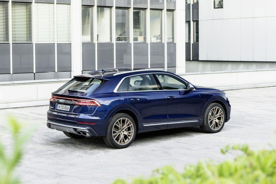 Image 2: Audi Q8 Estate SQ8 Tfsi Quattro 5dr Tiptronic [C+S]