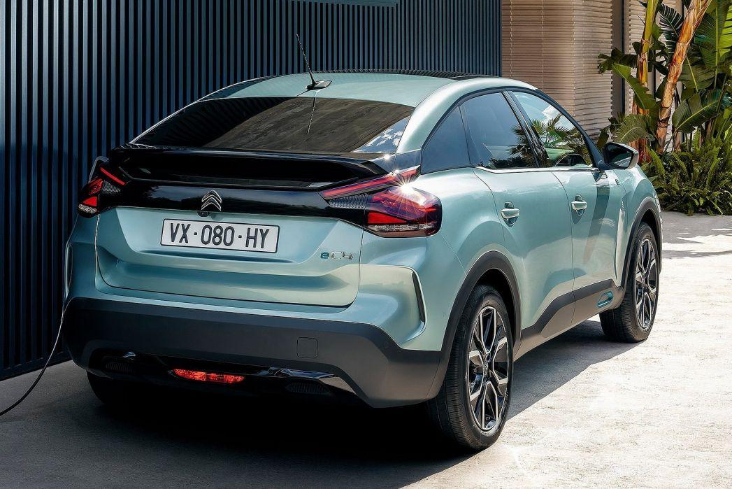 Image 6: Citroen E-C4 Electric Hatchback 100KW Shine Plus 50KWH 5dr Auto