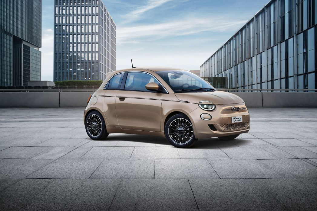 Image 6: Fiat 500 Electric Hatchback 87KW Passion 42KWH 3dr Auto