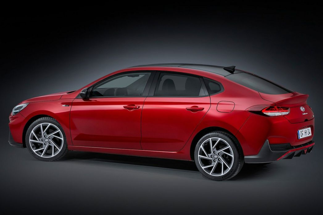 Image 3: Hyundai I30 Fastback 1.5T GDI N Line 5dr DCT