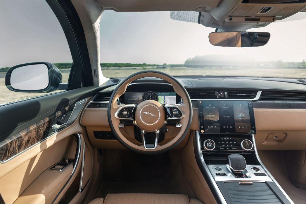 Image 6: Jaguar XF Sportbrake 2.0 P250 R-Dynamic SE 5dr Auto