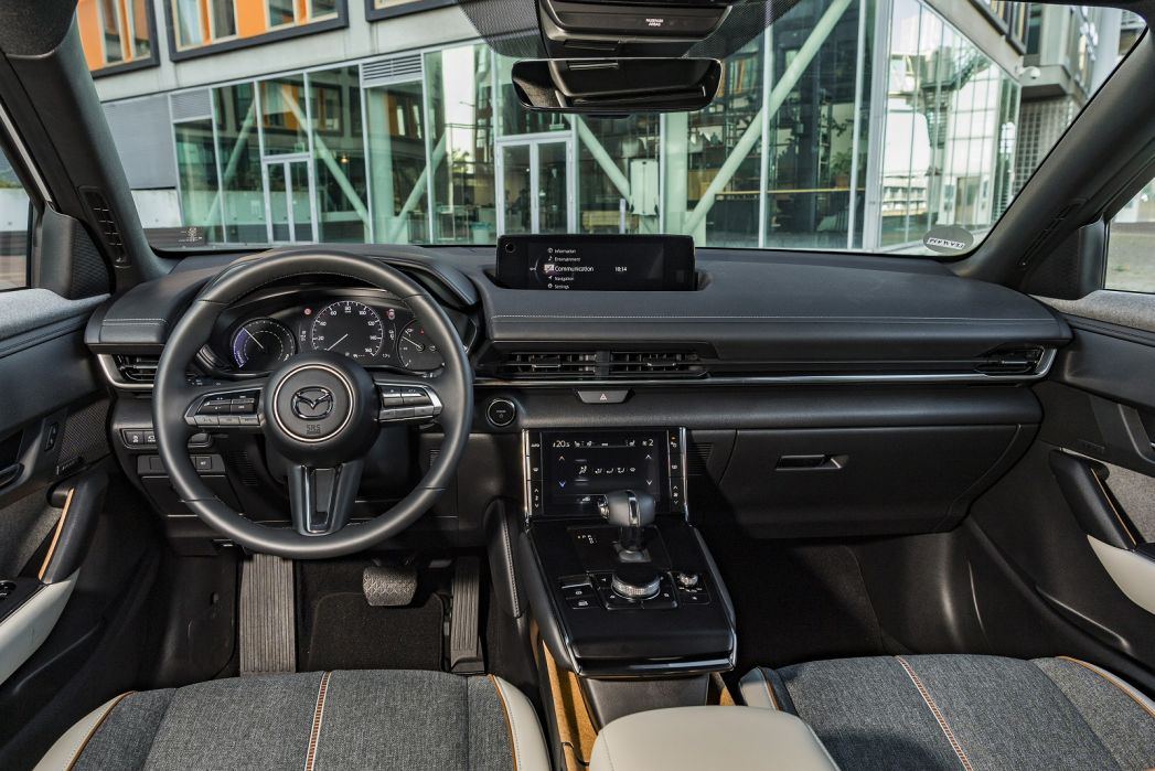 Image 3: Mazda MX-30 Hatchback 107KW Sport LUX 35.5KWH 5dr Auto