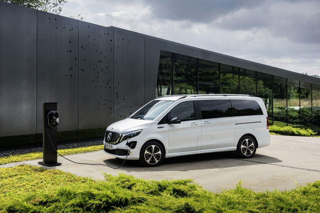 Image 4: Mercedes-Benz EQV Estate EQV 300 150 KW Sport Premium Plus 90 KWH 5dr Auto