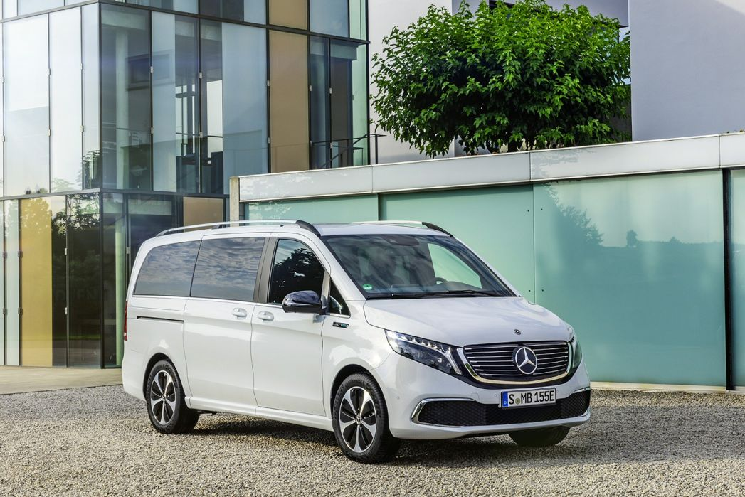 Image 1: Mercedes-Benz EQV Estate EQV 300 150 KW Sport Premium 90 KWH 5dr Auto