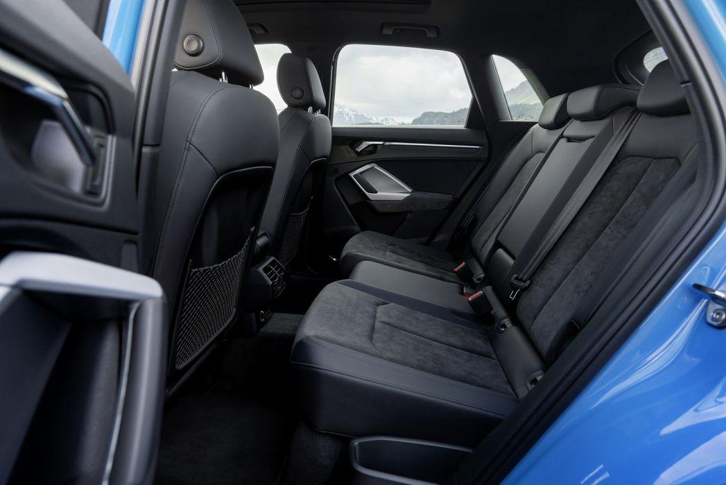 Image 6: Audi Q3 Diesel Estate 35 TDI Quattro Technik 5dr S Tronic [C+S Pack]