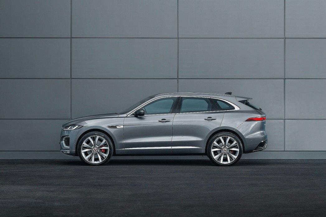 Image 2: Jaguar F-Pace Estate 2.0 P250 R-Dynamic S 5dr Auto AWD