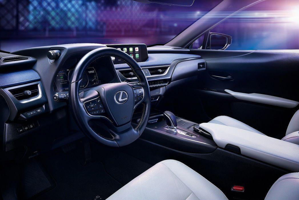 Image 6: Lexus UX Electric Hatchback 300E 150KW 54.3 KWH 5dr E-CVT