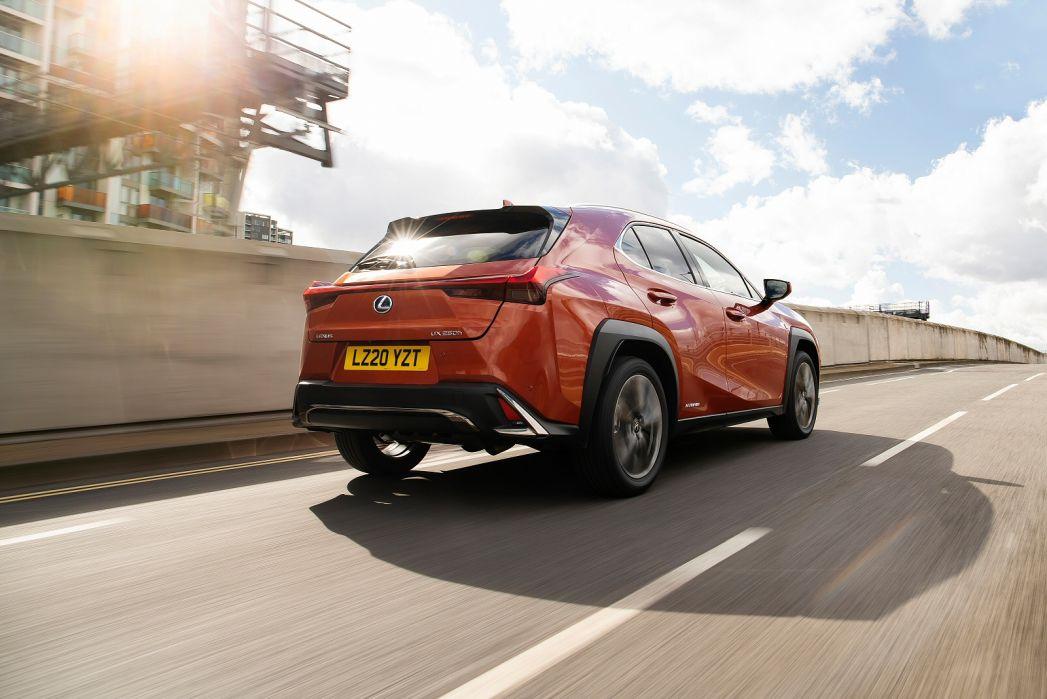 Image 6: Lexus UX Hatchback 250H 2.0 5dr CVT [premium Sport Edition/SUN]