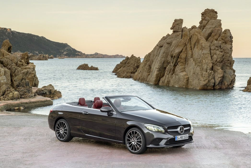 Video Review: Mercedes-Benz C Class Cabriolet C200 AMG Line Edition 2dr 9G-Tronic