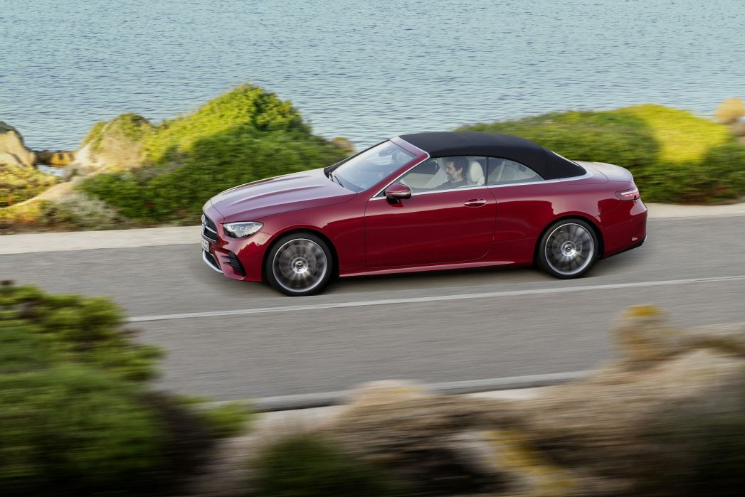 Image 5: Mercedes-Benz E Class Diesel Cabriolet E300d 4matic AMG Line Night ED PRE+ 2dr 9G-Tronic