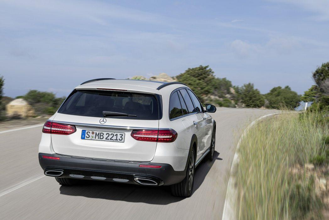 Image 5: Mercedes-Benz E Class AMG Estate E53 4matic+ Night Edition Prem+ 5dr TCT