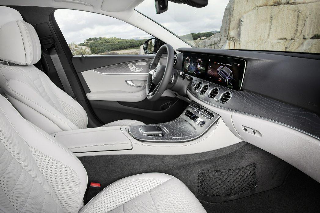 Image 6: Mercedes-Benz E Class AMG Estate E53 4matic+ Night Edition Prem+ 5dr TCT