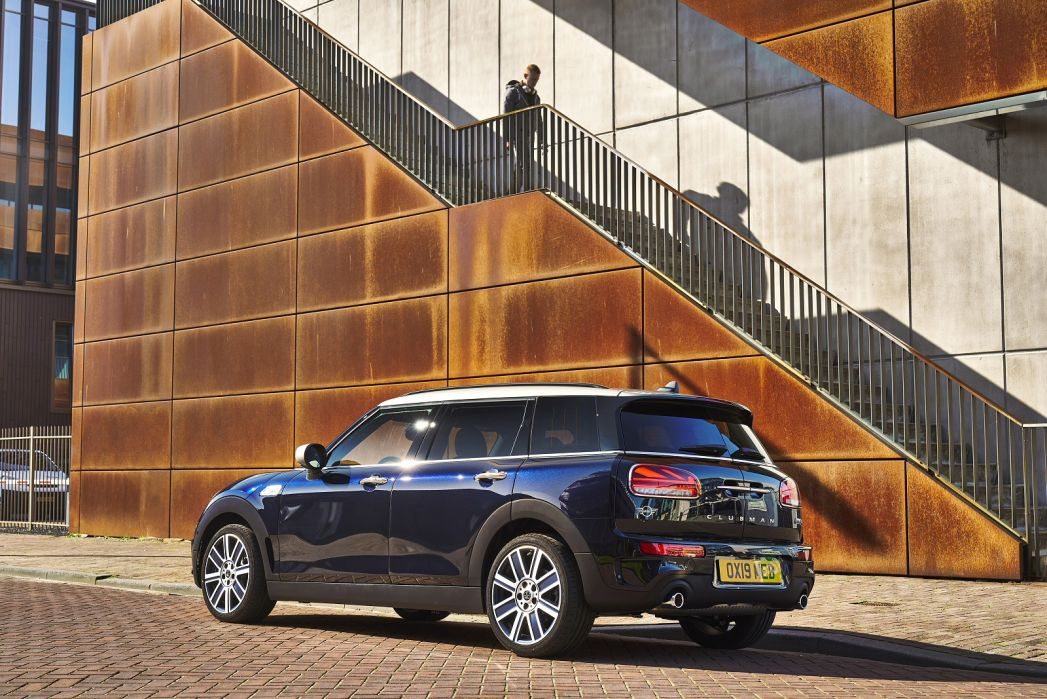 Image 2: Mini Clubman Estate Special Editions 2.0 Cooper S Shadow Edition 6dr Auto