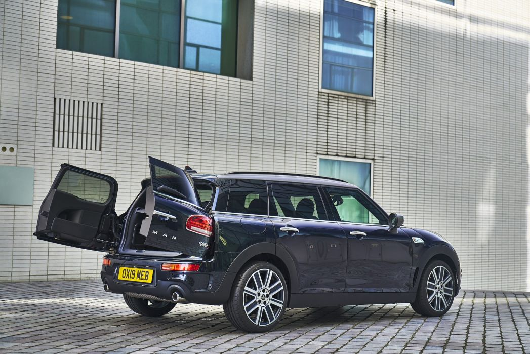 Image 3: Mini Clubman Estate Special Editions 2.0 Cooper S Shadow Edition 6dr Auto