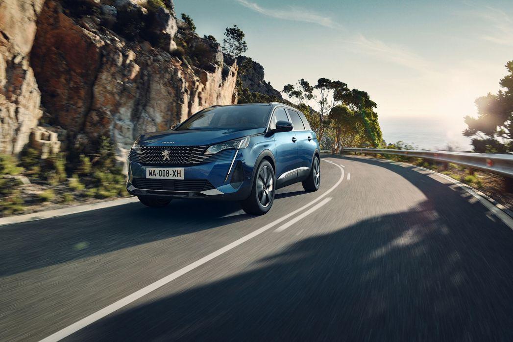 Image 2: Peugeot 5008 Estate 1.2 Puretech Allure Premium 5dr