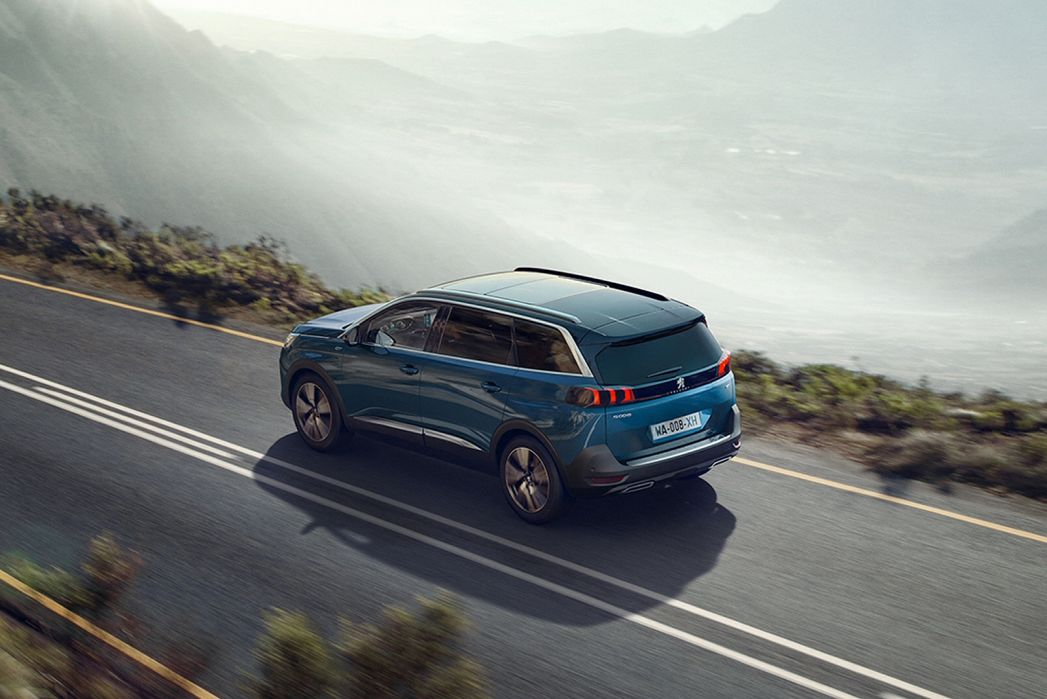 Image 5: Peugeot 5008 Estate 1.2 Puretech Allure Premium 5dr