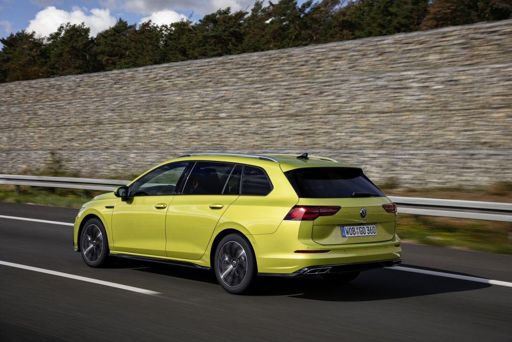 Image 2: Volkswagen Golf Alltrack Diesel Estate 2.0 TDI 200 4motion 5dr DSG