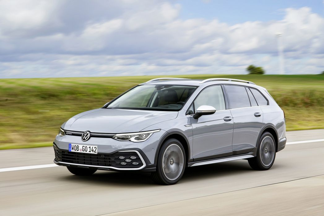 Image 3: Volkswagen Golf Alltrack Diesel Estate 2.0 TDI 200 4motion 5dr DSG
