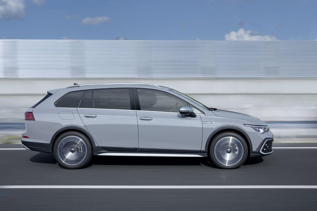 Image 4: Volkswagen Golf Alltrack Diesel Estate 2.0 TDI 200 4motion 5dr DSG