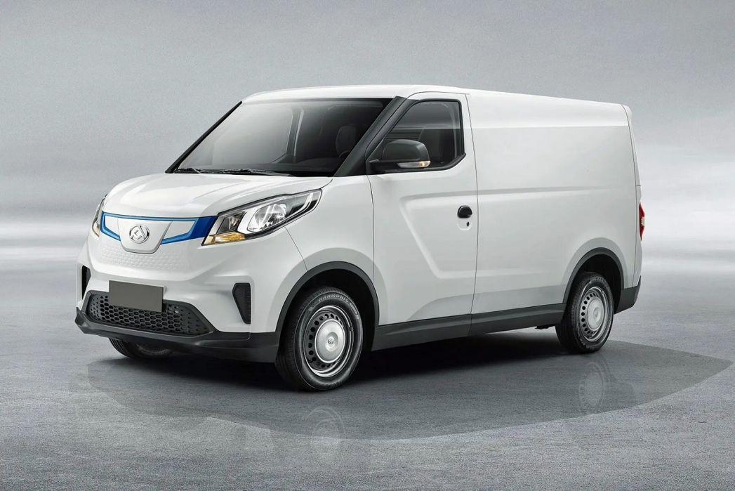 Image 2: Maxus E Deliver 3 L1 Electric 90KW H1 VAN 35KWH Auto