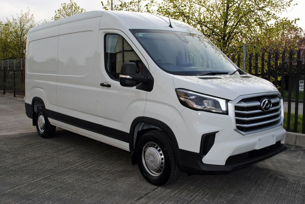Image 1: Maxus Deliver 9 MWB Diesel RWD 2.0 D20 150 Chassis CAB